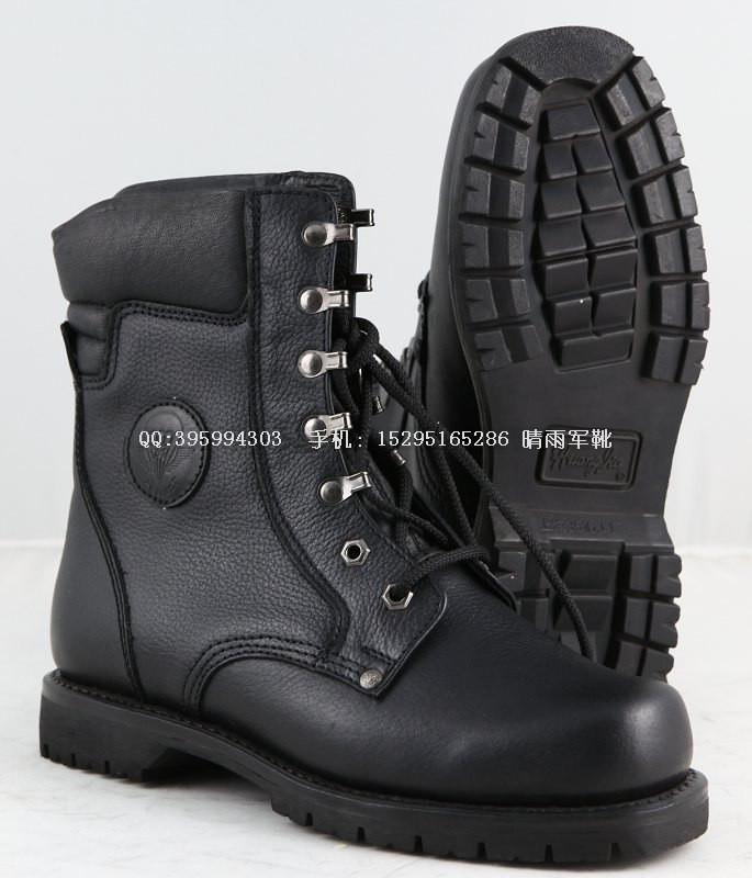 男生儿童款靴子