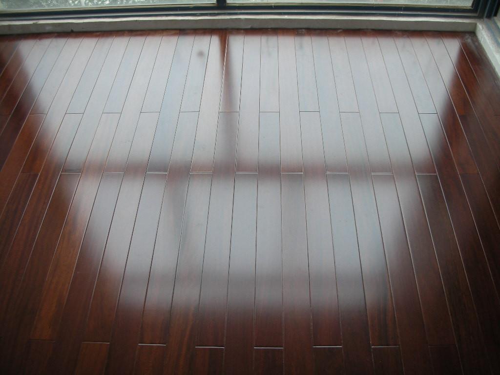 关于实木地板的安装费