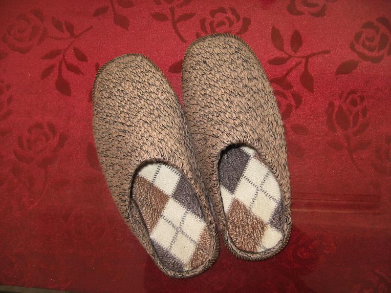 纯手工编织拖鞋!