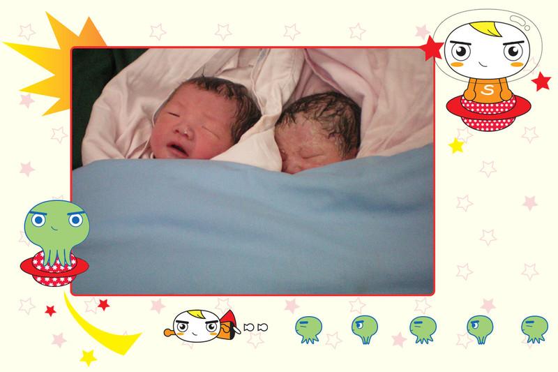 途中有幸见到一对刚出生的龙凤胎,睡得真香呢,妈妈好似处于麻