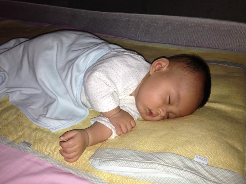 我家儿子轩宝宝的素颜照