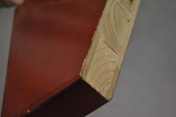 实木工艺门:实木贴皮,刷油漆
