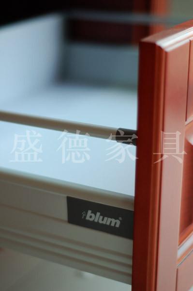 镶线实木橱柜门